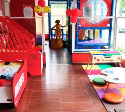 Brinquedos Nogueira no Habb's Guaruja